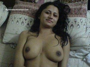 Age of conan naked girl